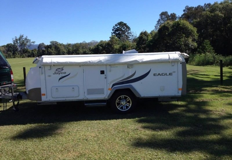 Camper trailer hire Byron Bay